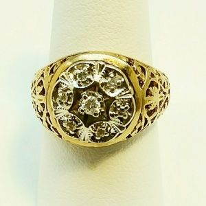 Other - 10 K mens yellow gold starburst diamond ring